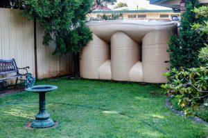 camel slimline poly rainwater tank